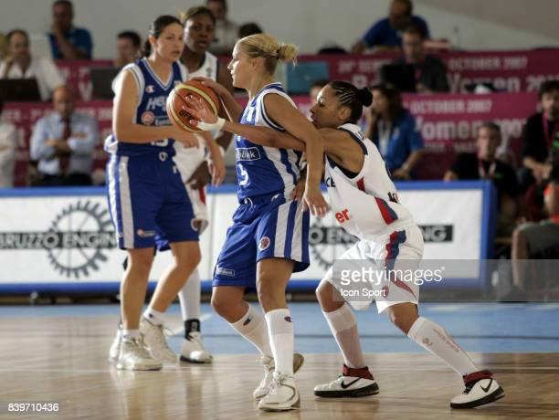 Anastasia KOSTAKI / Edwige LAWSON WADE France / Grece Eurobasket Feminin 2007 Italie
