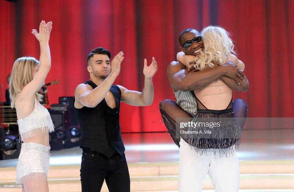 Ballando Con Le Stelle Tv Show - Final : Foto jornalística