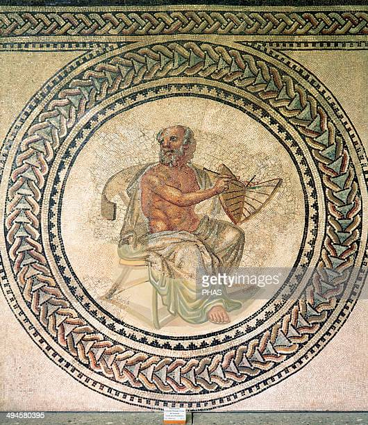 Anaximander PreSocratic Greek philosopher who lived in Miletus He belonged to the Milesian school and learned the teachings of his master Thales...