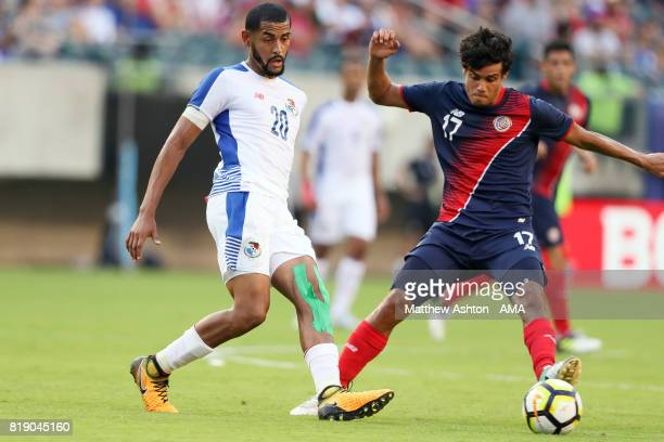 Aníbal Godoy of Panama and Yeltsin Tejeda of Costa Rica during the 2017 CONCACAF Gold Cup Quarter Final match between Costa Rica and Panama at...