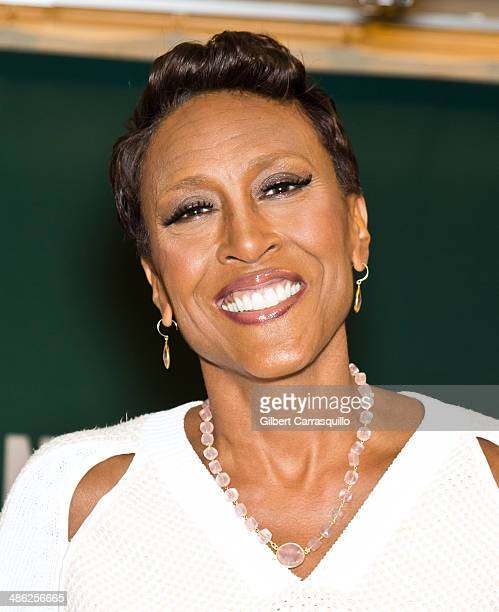 TV anchor and author Robin Roberts promotes and signs copies of her book Everybody's Got Something at Barnes Noble 5th Avenue on April 23 2014 in New...