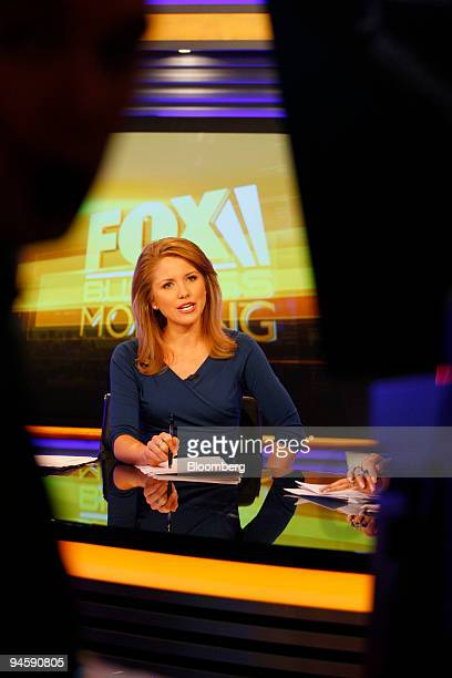 Anchor Jenna Lee speaks onair during the debut of the Fox Business Network at the News Corp headquarters in New York US on Monday Oct 15 2007 Fox...
