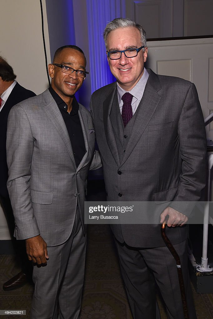 ESPN anchor Stuart Scott (L) and former anchor Keith Olbermann attend the Paley Prize Gala honoring ESPN's 35th anniversary presented by Roc Nation Sports on May 28, 2014 in New York City.