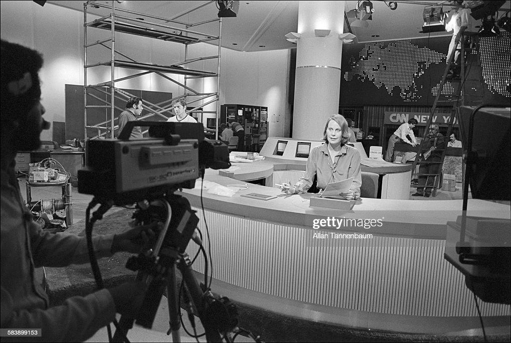 New Cable Tv News Network Cnn's Studio : News Photo