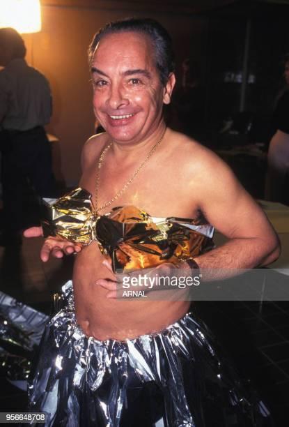 L'ancien jockey Yves SaintMartin déguisé lors de la soirée du Trophée Byblos en décembre 1995 à Courchevel France