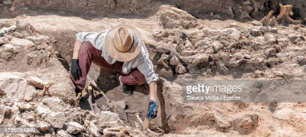ancient burial site- archaeological excavations - archaeology stock pictures, royalty-free photos & images
