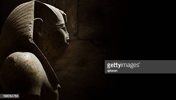 ancient egyptian statue - egypt stock pictures, royalty-free photos & images
