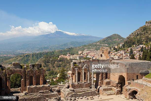 ancient greek theatre in taormina and etna, sicily italy - taormina stock pictures, royalty-free photos & images