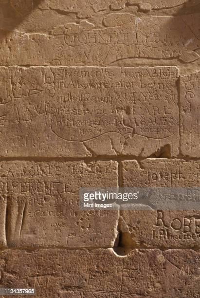 ancient hieroglyphics - antike kultur stock-fotos und bilder