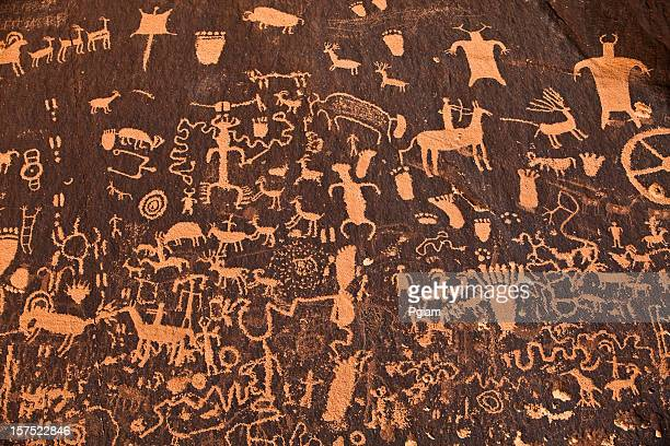 ancient hieroglyphics - cave paintings stock pictures, royalty-free photos & images