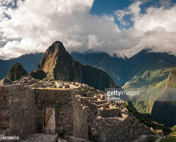 古代インカの都市のペルーのマチュピチュ