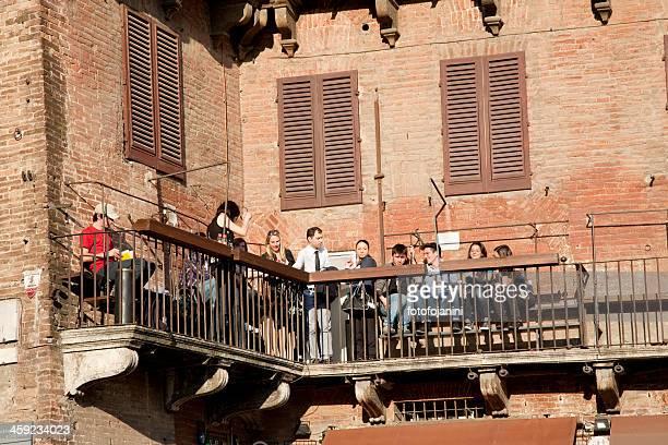 antico palazzo di siena - fotofojanini foto e immagini stock