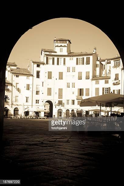 古代のスクエア - fotofojanini ストックフォトと画像