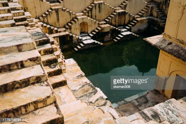 ancient stepwell chand baori biggest stepwell near jaipur rajasthan india - stepwell bildbanksfoton och bilder