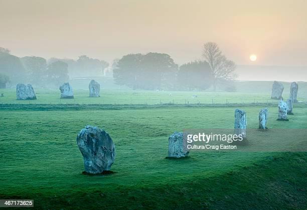 ancient stone circle at avebury, wiltshire, england - ウィルトシャー州 ストックフォトと画像