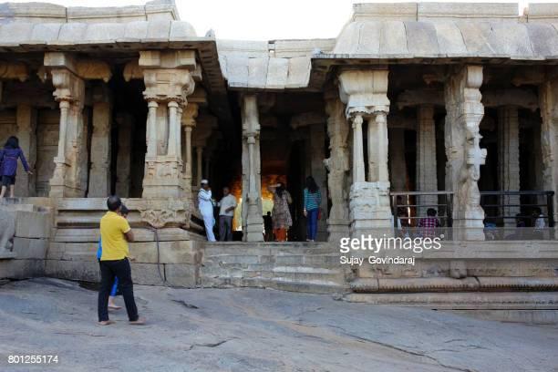 lepakshi の古代寺院 - アンドラプラデシュ州 ストックフォトと画像