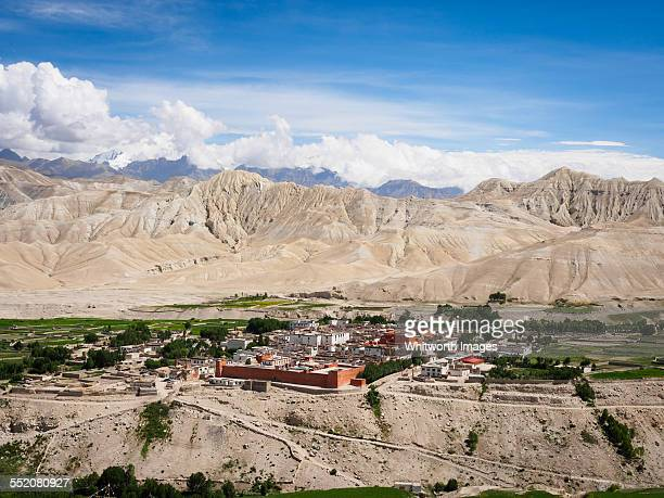 ancient walled capital lo manthang, upper mustang - lo manthang stock pictures, royalty-free photos & images