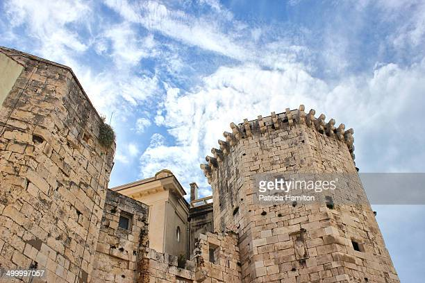 CONTENT] Ancient walls in the city of Split Croatia Historical architecture Looking upwards