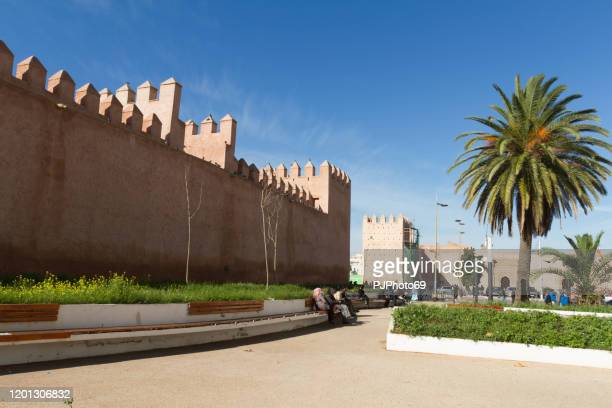 ancient walls of medina in rabat - morocco - pjphoto69 foto e immagini stock