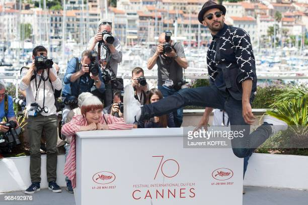 JR and Agnes Varda attend the 'Faces Places ' photocall during the 70th annual Cannes Film Festival at Palais des Festivals on May 19 2017 in Cannes...