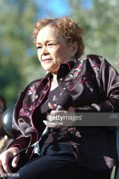 R and B singer Etta James performs at the Russian River jazz Festival on September 10 2006 in Guerneville California
