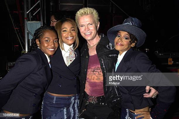 TLC and Billy Idol backstage during MTV20 Live and Almost Legal Backstage MTV celebrated with a threehour live party with special guests performances...