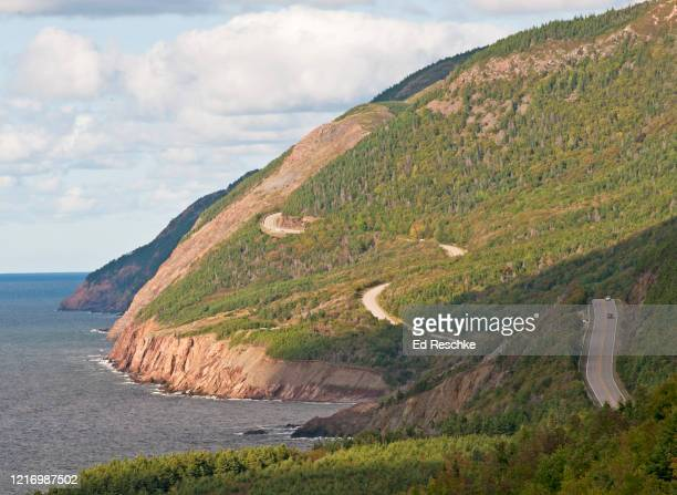 cabot trail and cape breton highlands national park, nova scotia, canada - ed reschke photography photos et images de collection