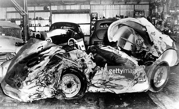 TV and Films 1st October 1955 Salinas Los Angeles USA A picture showing the wreckage of the Porsche 550 Spider car belonging to legendary US Actor...