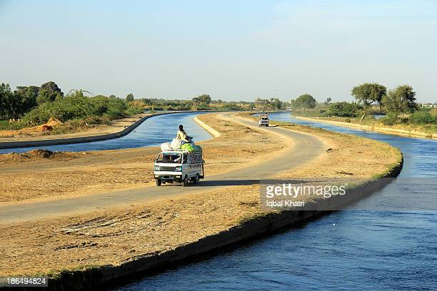 k-2 and kda canals - sind stock photos and pictures