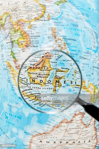 INDONESIA   BORNEO and Magnifying glass