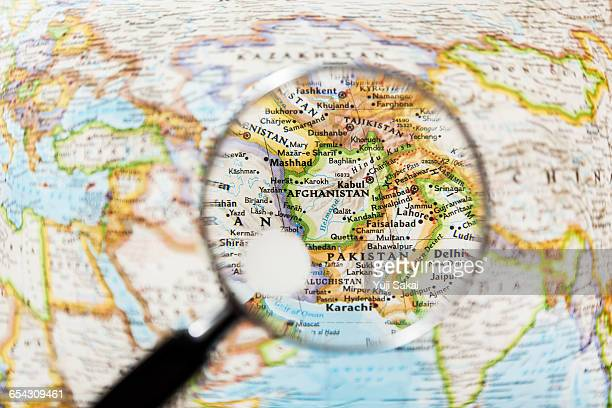 afghanistan  and magnifying glass - 中央アジア ストックフォトと画像