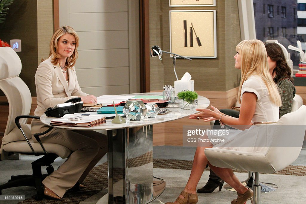 2 broke girls pictures getty images and not so sweet charity max and caroline approach carolines ccuart Image collections