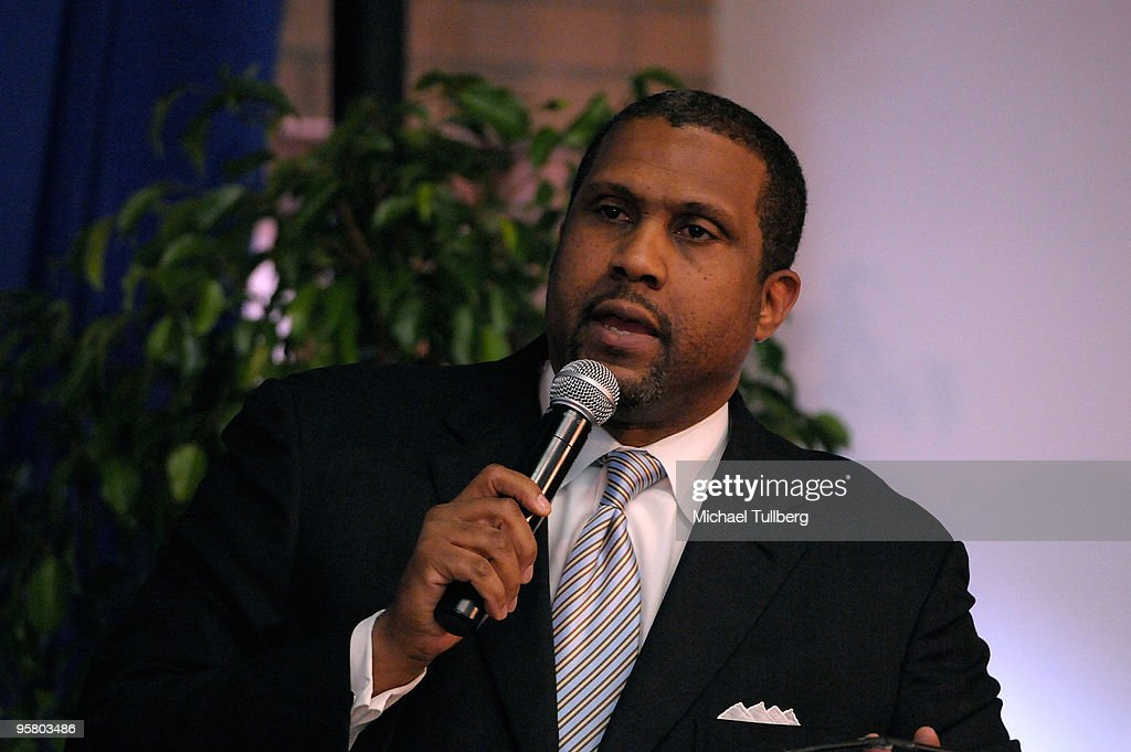 TV and radio host Tavis Smiley moderates the discussion panel at the 2010 Minority Broadband Empowerment Summit, held at the University of Southern California on January 15, 2010 in Los Angeles, California.
