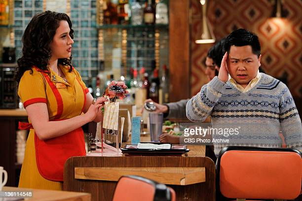 'And The Secret Ingredient' Max left challenges Han right on his decision to rise the price of tampons in the women's bathroom on 2 BROKE GIRLS...