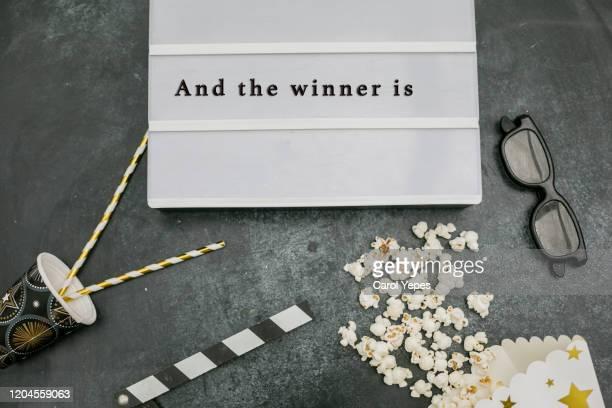 and the winner is..message inlightbox - festival cinematográfico imagens e fotografias de stock
