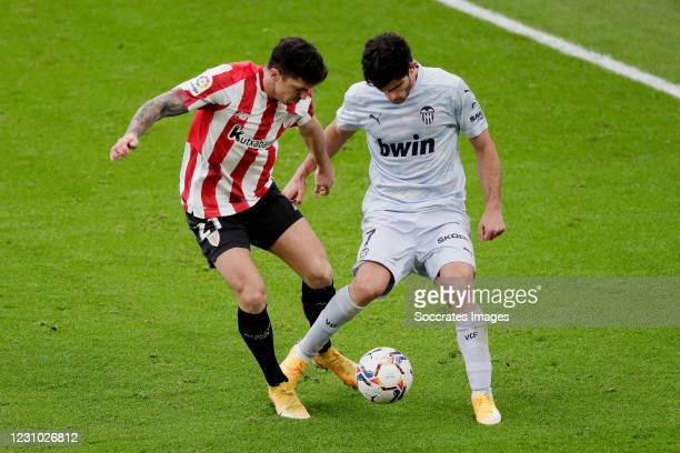 Ander Capa of Athletic Bilbao, Goncalo Guedes of Valencia during the La Liga Santander match between Athletic de Bilbao v Valencia at the Estadio San...