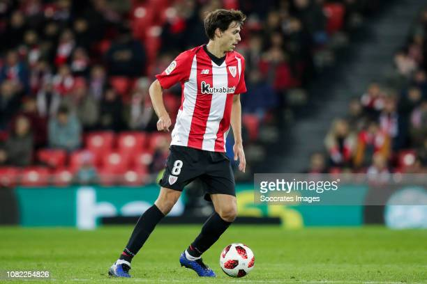 Ander Iturraspe of Athletic Bilbao during the La Liga Santander match between Athletic de Bilbao v Sevilla at the Estadio San Mames on January 13...