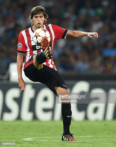 Ander Iturraspe of Athletic Bilbao in action during the first leg of UEFA Champions League qualifying playoffs round match between SSC Napoli and...