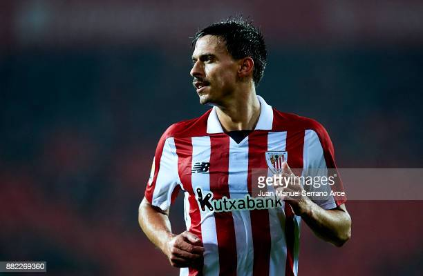Ander Iturraspe of Athletic Club reacts during the Copa del Rey Round of 32 Second Leg match between Athletic Club and SD Formentera at San Mames...