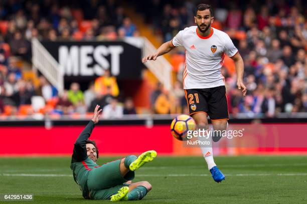 08 Ander Iturraspe of Athletic de Bilbao and 21 Martin Montoya of Valencia CF during the Spanish La Liga Santander soccer match between Valencia CF...