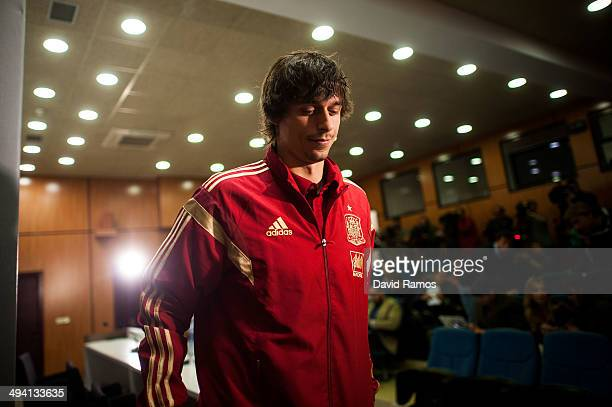 Ander Iturraspe of Spain leaves a press conference during a training camp at Ciudad del Futbol on May 28 2014 in Las Rozas de Madrid Spain