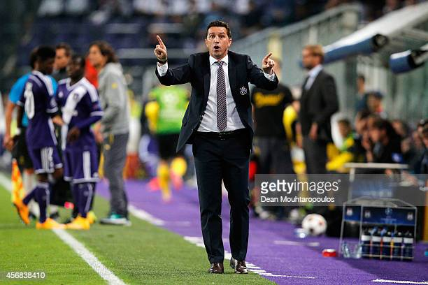Anderlecht manager / head coach Besnik Hasi gives his players instructions during the Group D UEFA Champions League match between RSC Anderlecht and...