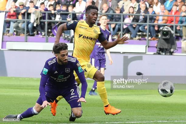 Anderlecht's Josue Sa and Club's Abdoulay Diaby vie for the ball during the Jupiler Pro League football match between RSC Anderlecht and Club Brugge...