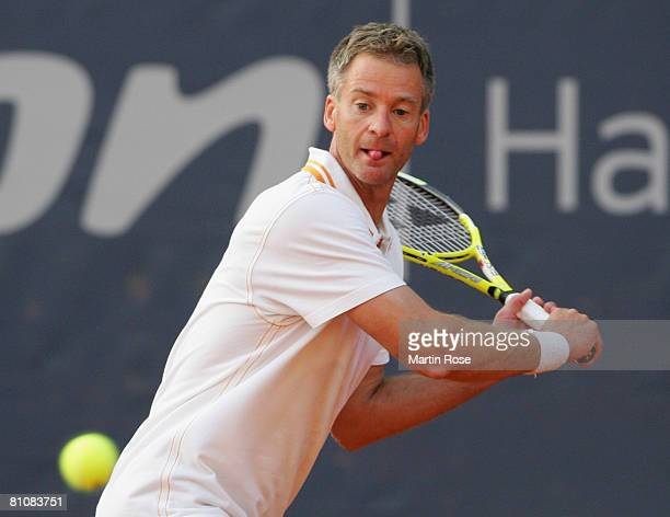 Anders Jarryd of Sweden plays to Goran Ivanisevic of Croatia during the BlackRock Tour of Champions at Hamburg Rothenbaum Tennis Centre on May 13...