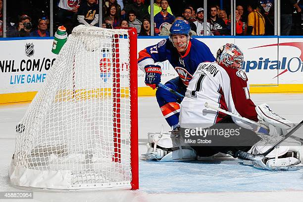 Anders Lee of the New York Islanders scores a firstperiod goal against Semyon Varlamov of the Colorado Avalanche at Nassau Veterans Memorial Coliseum...