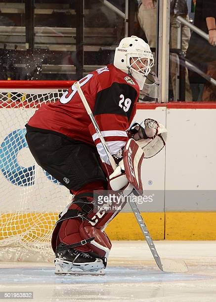 Anders Lindback of the Arizona Coyotes gets ready to make a save against the Columbus Blue Jackets at Gila River Arena on December 17 2015 in...