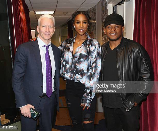 Anderson Cooper Kelly Rowland and Sway Calloway visit at SiriusXM Studio on April 4 2016 in New York City