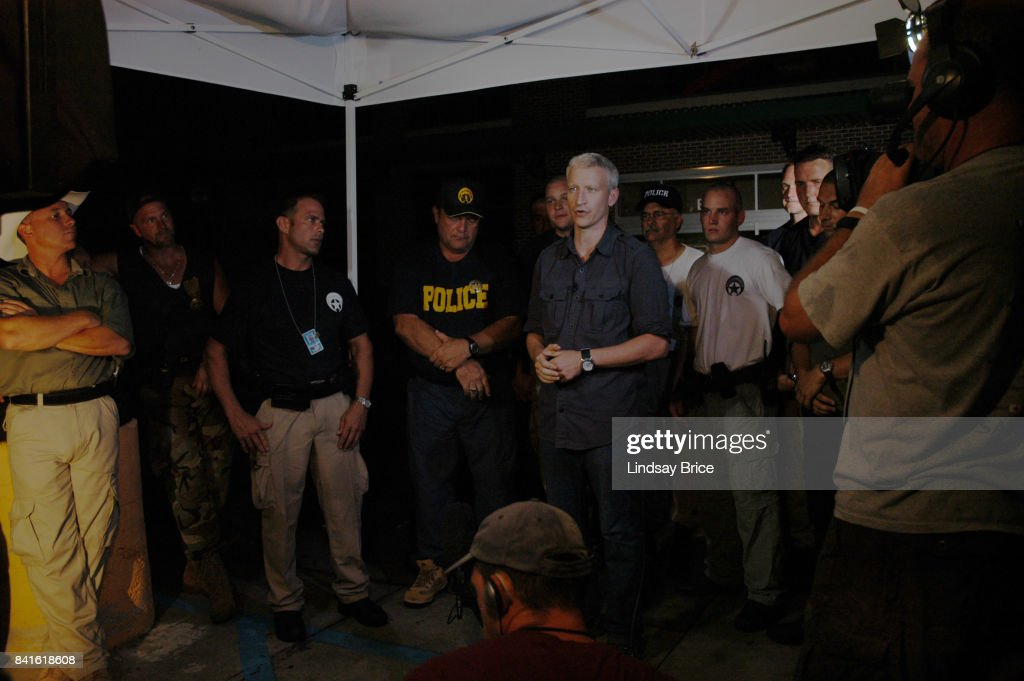 Anderson Cooper Reports from Aftermath of Hurricane Katrina : News Photo