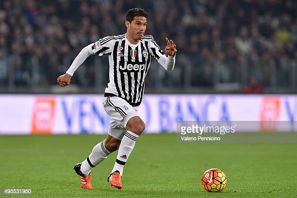 Anderson Hernanes of Juventus FC in action during the Serie A match between Juventus FC and Torino FC at Juventus Arena on October 31 2015 in Turin...