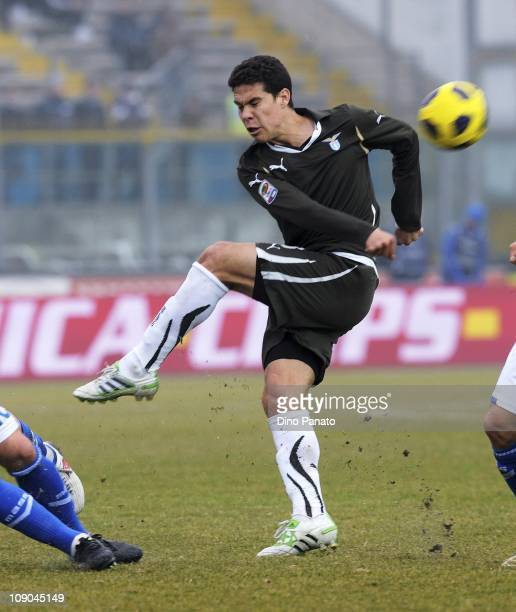 Anderson Hernanes of Lazio in action during the Serie A match between Brescia Calcio and SS Lazio at Mario Rigamonti Stadium on February 13 2011 in...